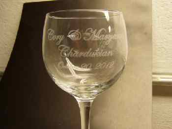 engraved wine glass - Beer Glasses
